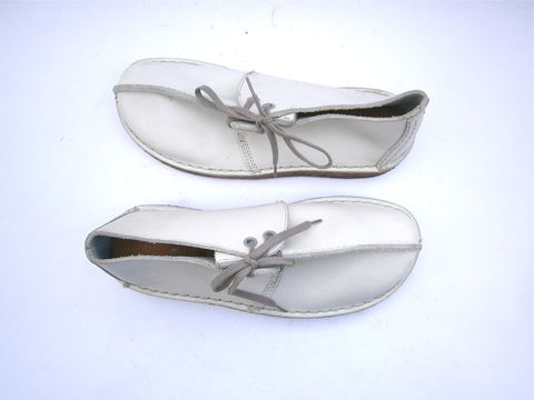 Clark's,White,Leather,Ladies,Shoes,Originals,Desert,Trek,Womens,Size,7,England,GB,UK,5,EU,37.5,Top,Center,Stitch,Preowned,Genuine,E63410,preowned clarks originals white leather ladies shoes, clarks originals desert trek white leather ladies shoes, clarks originals ladies shoe size 8, top stitch leather clarks womens shoes, clarks originals womens size gb 5, clarks originals style e63410