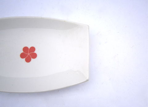 Vintage,White,Ceramic,Rectangular,Tray,Dish,Serving,Glaze,Pottery,Plate,Red,Camellia,Single,Flower,Small,Miniature,Platter,Mini,Catching,All,vintage white ceramic plate pottery, red camellia flower rectangular mini platter, red single flower plate, japanese red flower white glazed ceramic dish, red white serving plate, white ceramic rectangular tray, red white catch all dish, japanese ceramic