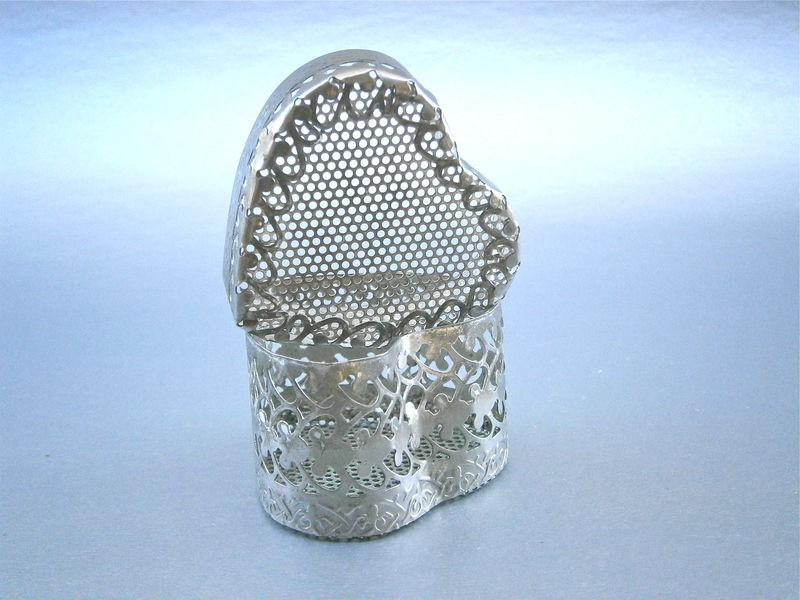 Vintage Filigree Heart Shape Box Trinket Souvenir Silver Tone Ornate Keepsake Treasure Perforated Peek A Boo See Through Case Bridal Bride - product images  of
