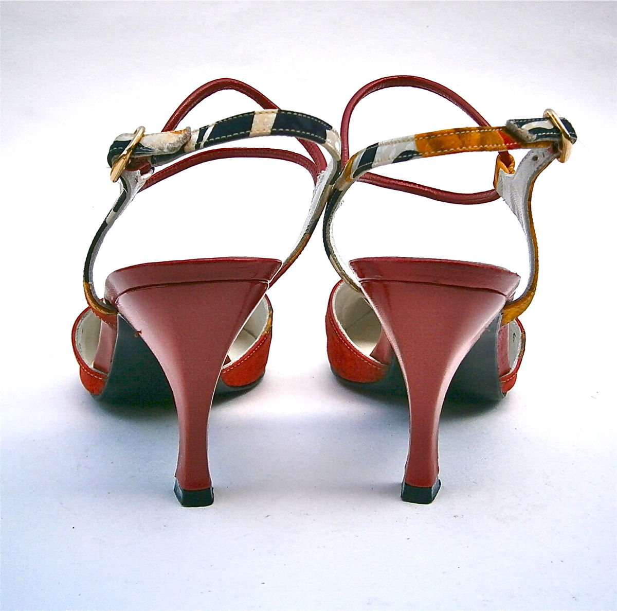 5cd8edc1790b8 Vintage Red Black Ladies Shoes Size 5M Flared High Heels Leather ...