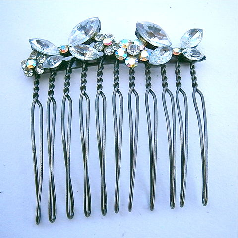 Vintage,Floral,Aurora,Borealis,Hair,Comb,Crystal,Glass,Flowers,Wedding,Bride,Marquise,Petals,Maid,Of,Honor,Bridesmaid,Kawaii,Glitter,Bronze,vintage floral crystal glass hair comb, vintage flower aurora borealis comb, vintage aurora borealis rhinestone hair comb, vintage bride bridal wedding crystal comb, marquise crystal flower glass bridal comb, vintage bridesmaid crystal flower kawaii comb