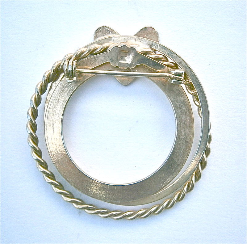 Vintage Three Ring Brooch Gold Tone Twisted Shiny Wreath Overlapping Round Circles Infinity Love Cupid Valentine Eternal Forever Symbol Pin - product images  of