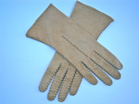 Vintage,Light,Brown,Ladies,Leather,Gloves,Dark,Tan,Soft,Winter,Size,7,Stitching,Leda,Mexico,Wrist,Length,Midcentury,Driving,vintage light brown ladies gloves size 7, mid century dark tan textured leather ladies wrist length gloves, vintage tan ladies driving gloves, vintage leda mexican textured leather ladies gloves size 7, vintage stitched brown womens gloves size 7