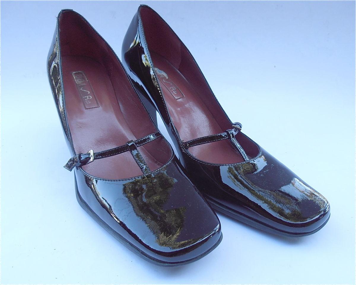 ... Vintage Brown Patent Pumps Ladies Shoes Dark Chocolate Unisa Mary Jane  Buckle High Heel T Strap ... bfb9792af3