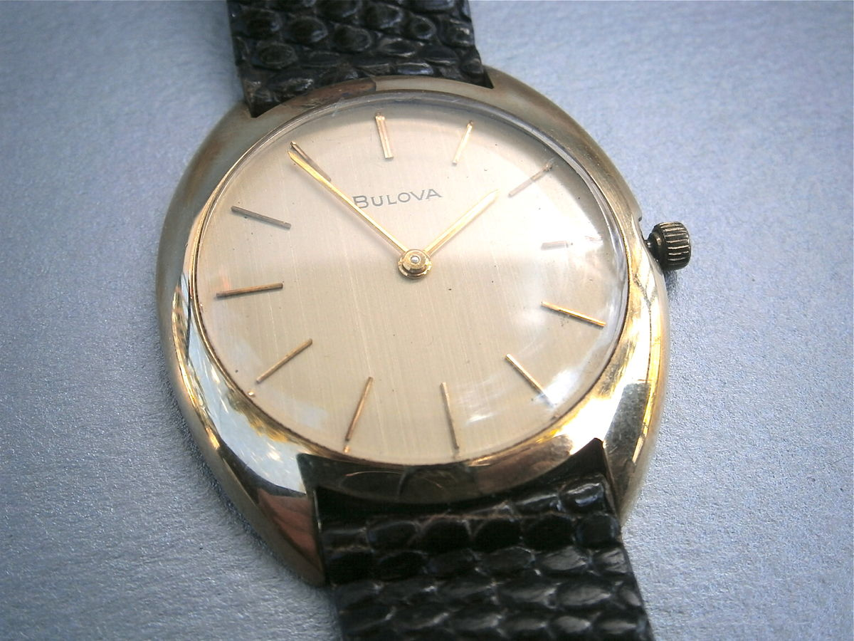 Vintage Bulova Mens Dress Watch Genuine 10K Gold Plated Round Lizard Leather Wrist H936452 Manual Wind Mechanical 34mm Bezel 70s Wedding - product images  of