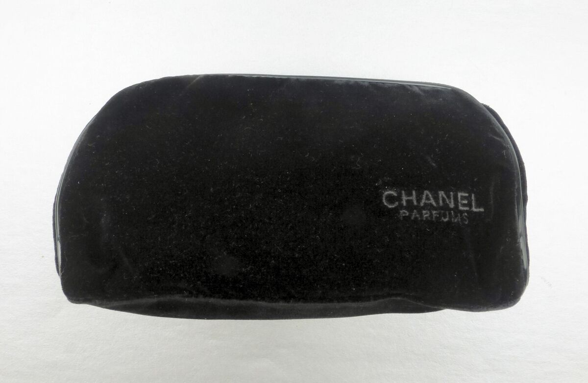Black Velvet Chanel Clutch Zip Pouch Bag Makeup Parfums Perfume Cosmetic Gift Promotion - product images  of