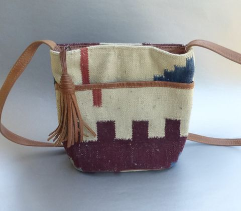 Vintage,Carpet,Tapestry,Shoulder,Bag,Leather,Strap,Tassel,Pocket,Ethnic,Tribal,Southwestern,Hippie,Hipster,Festival,Aztec,Textured,Pattern,Crossbody,Style,Unisex,vintage carpet shoulder bag, vintage tapestry leather bag, ethnic tribal bag, southwestern hippie leather bag, aztec design bag, leather tassel, genuine carpet crossbody bag