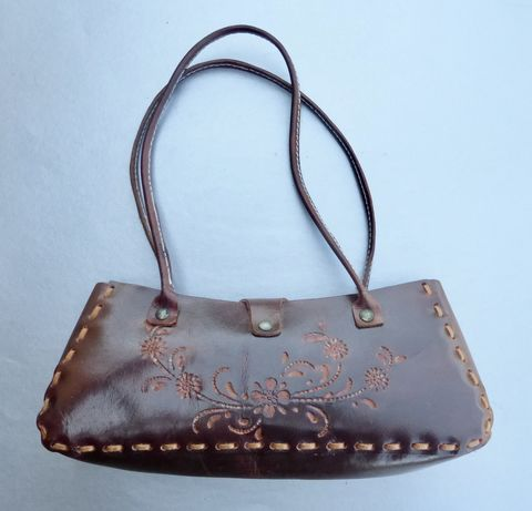 Patina,Tooled,Floral,Authentic,Brown,Leather,Shoulder,Purse,Flower,Natural,Bag,tooled genuine brown leather shoulder bag,  tooled brown leather flower handbag, natural leather clutch bag, brown leather flower bag, wa bags thailand, leather wabags thailand style 79258, handmade tooled brown leather bag