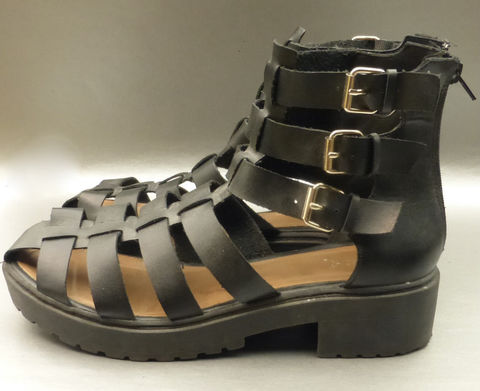 Qupid,Caged,Gladiator,Sandals,Shoes,Footwear,Strappy,Buckles,Ankle,Strap,Size,10,Faux,Leather,qupid caged black strap ankle lugs shoes size 10, qupid black gladiator sandals shoes ladies size 10, qupid black strappy buckles ankle straps womenize 10, black lug soles womens shoes sandals size 10