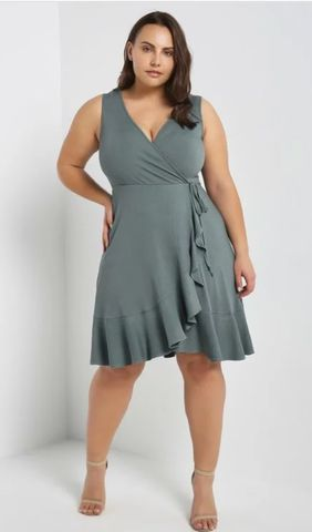 The,Sophisticated,Wrap,Dress,wrap dress, plus size dresses, Jess MIA Collections