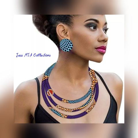 The,Zoya,Necklace,and,Earring,Set