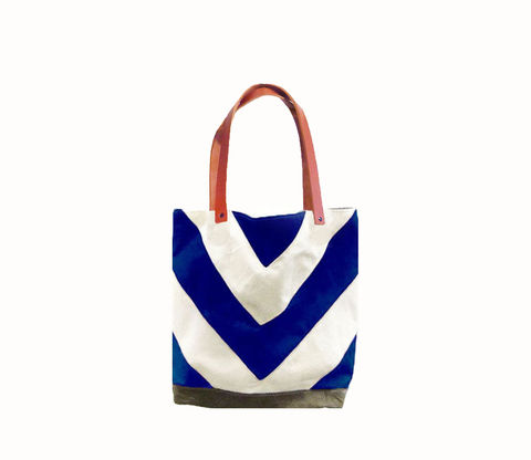 Chevron,Tote,City,Market,w/,Leather,Straps,in,Blue,Bags_And_Purses,canvas_tote,leather_tote,chevron,military,utility,cream,olive,leather,antique brass,canvas