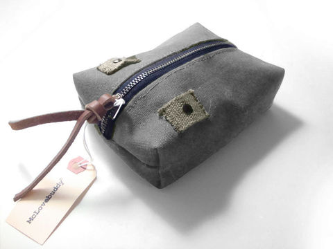 Center,Zip,Waxed,Canvas,Pouch,-,Charcoal,waxed,canvas,leather,gadget,case,organizer,brass,charcoal,gray