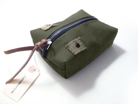 Center,Zip,Waxed,Canvas,Pouch,-,Olive,waxed,canvas,leather,gadget,case,organizer,brass,olive