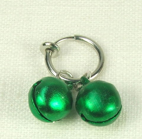 Non,piercing,ring,with,green,bells,,clit,jewelry,,labia,body,jewelry,bells,slave bell clit jewelry, bdsm jewelry, labia jewelry, non piercing labia jewelry, non piercing clit ring, bdsm bell jewelry, gift for submissive,bdsm gift