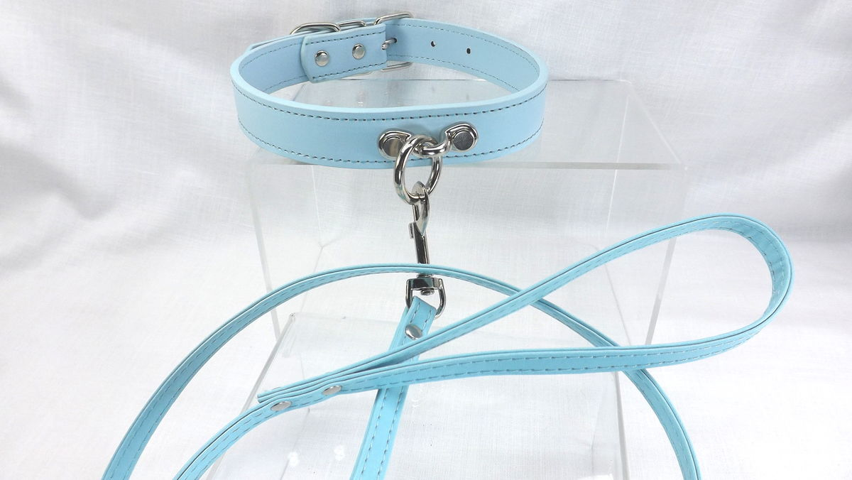 O Ring Collar with leash Bondage collar O ring slave collar submissive collar - product image