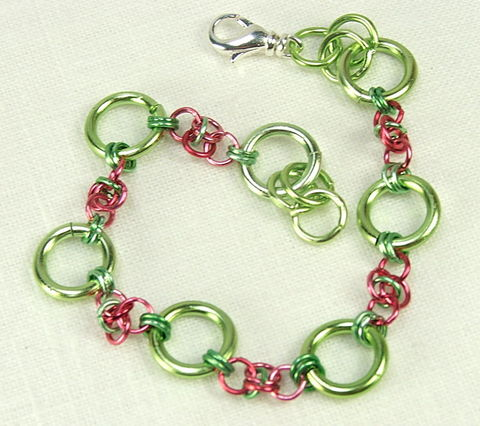 Chain,maille,bracelet,Handmade,Watermelon,Pink,Green,Spring,Jewelry,handmade chain, handmade bracelet, maille bracelet, pink chain maille, pink jewelry, pink and green bracelet, watermelon jewelry, green jewelry, chainmaille bracelet, womens bracelet, spring jewelry, chain link bracelet
