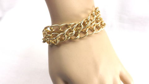 Triple,chain,Bracelet,chunky,jewelry,gift,for,her,summer,work,chain jewelry, triple chain bracelet, chunky bracelet, gold bracelet, summer jewelry, work jewelry, chain bracelet, womens bracelet