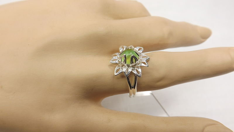 Flower mood ring, fancy mood ring, hippy ring, gift for her color change jewelry - product images  of