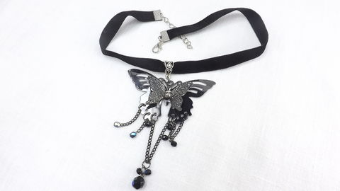 Large,Butterfly,Pendant,on,black,choker,,butterfly,jewelry,,gothic,velvet,large,pendant,choker,Large Butterfly Pendant on black choker, butterfly jewelry, gothic velvet choker, large pendant choker