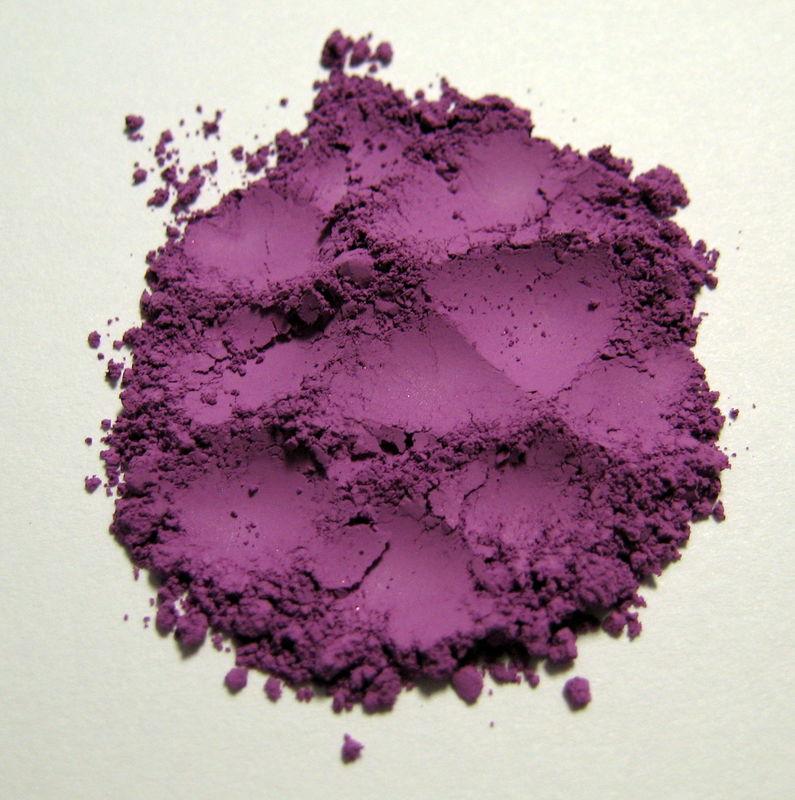 *50% clearance* ISOLDE matte orchid mineral eye shadow  - product images  of