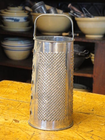 Vintage,Round,Grater,round grater, primitive grater, old grater, kitchen collectible