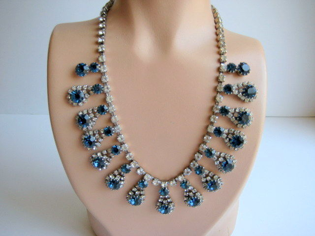 Stunning Rhinestone Necklace Crystal and Sapphire Blue - product image