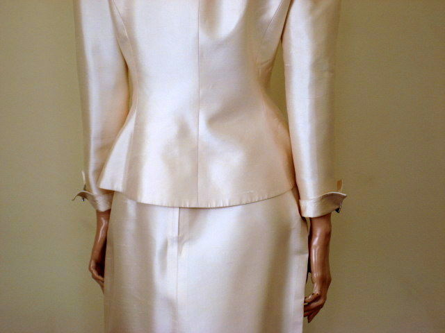 Women's Silk Suit by David Hayes for I Magnin Size 8 - product images  of