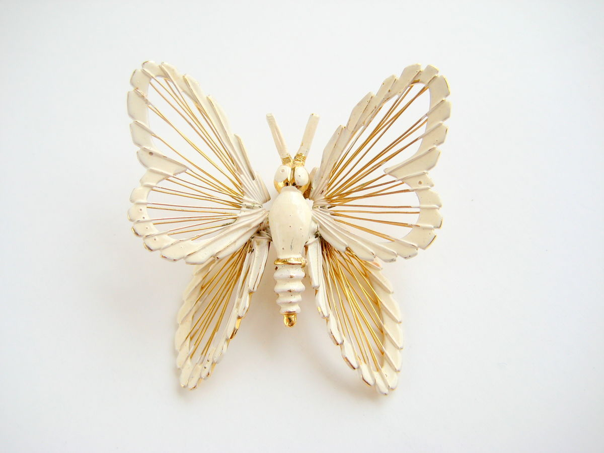 Monet Butterfly Brooch White & Gold - product image