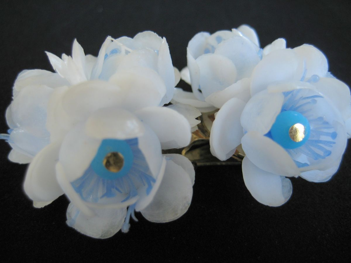 Vintage Plastic Flower Earrings 1950's - product image