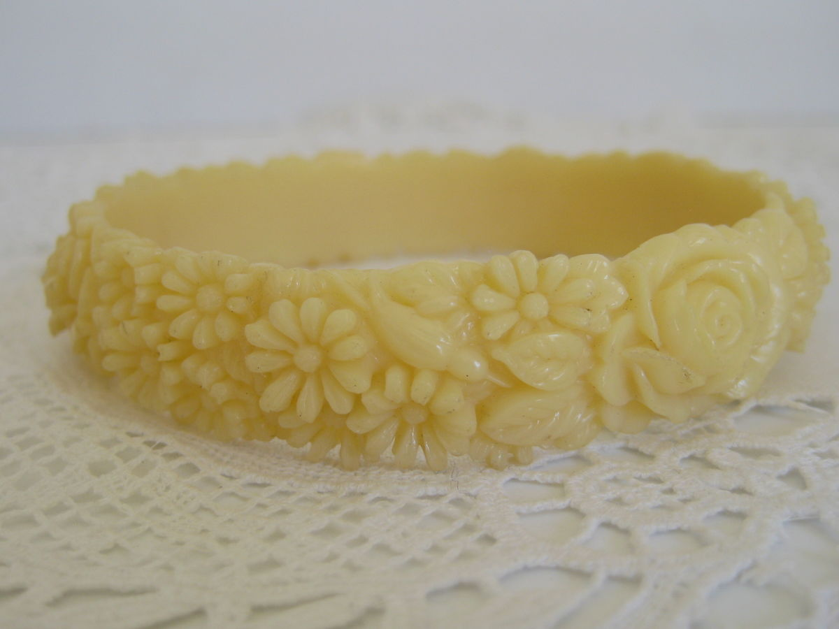 Vintage Celluloid Molded Flower Bangle - product images  of