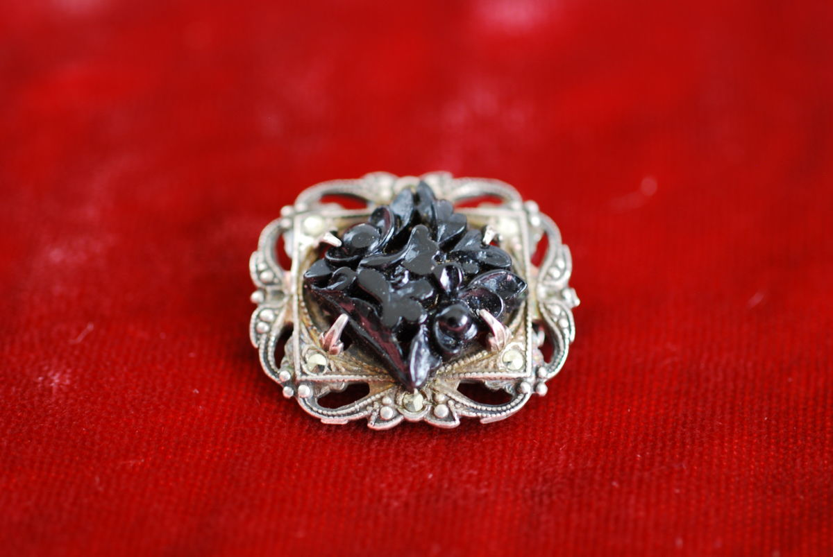 Victorian Mourning Pin Sterling silver - product images  of