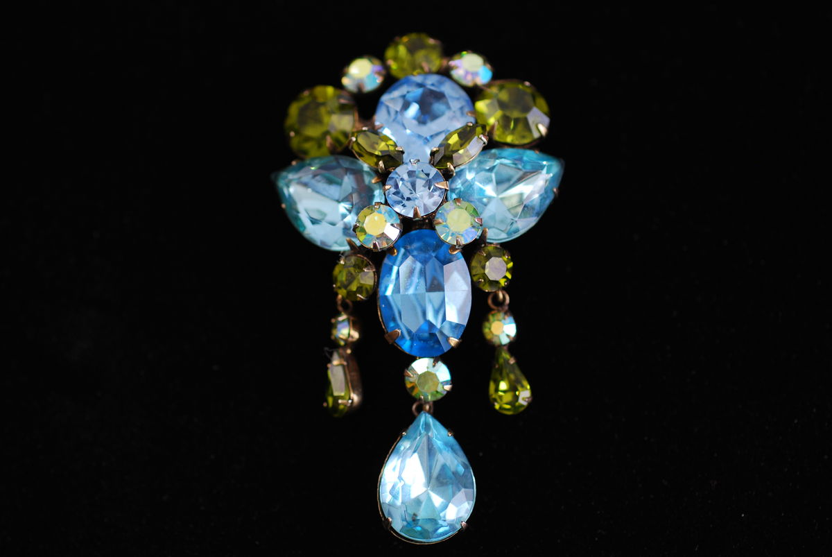 Stunning Regency large blue and green rhinestone brooch with drop - product images  of