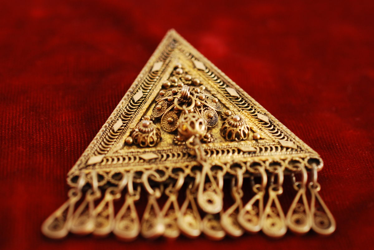 Silver triangle filigree brooch/pendant made in Israel - product images  of