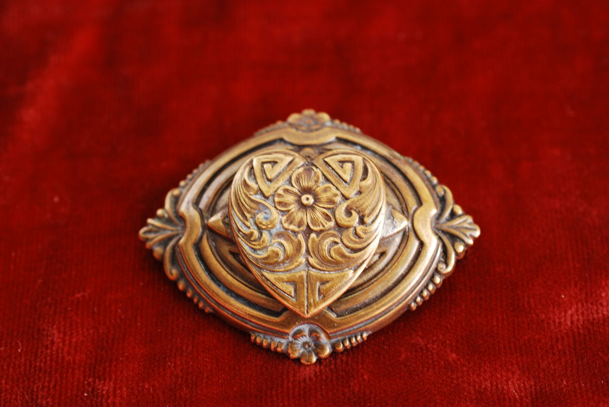 Vintage Brass Brooch with Engraved Heart  - product image