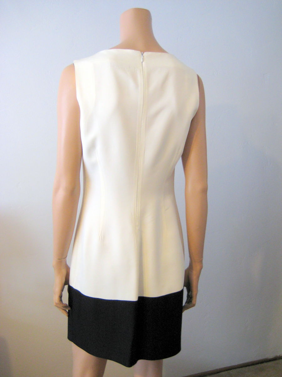 Elegant Black and White Sleeveless Sheath Dress Size 10 US - product images  of