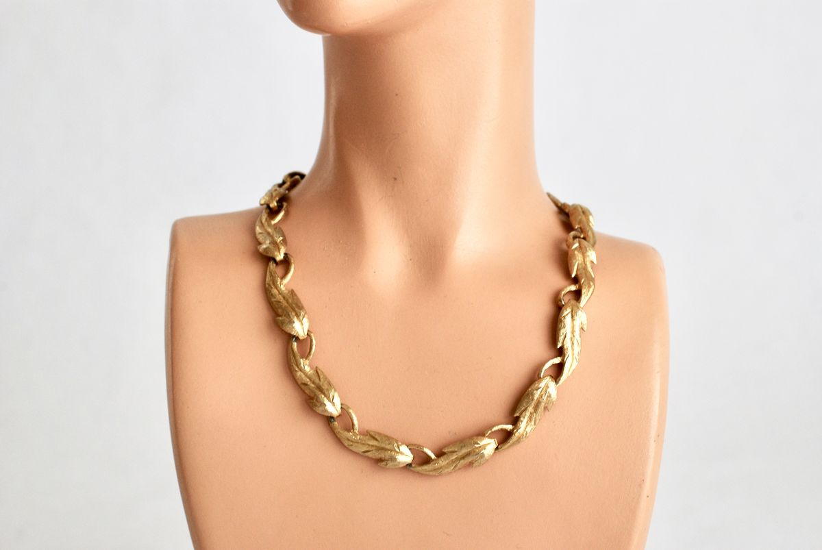 Vintage Monet Leaf Choker Goldtone Metal - product images  of