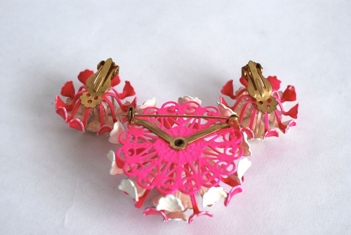 Vintage Enamel Flower Pin and Earrings Set Hot Pink & White - product images  of