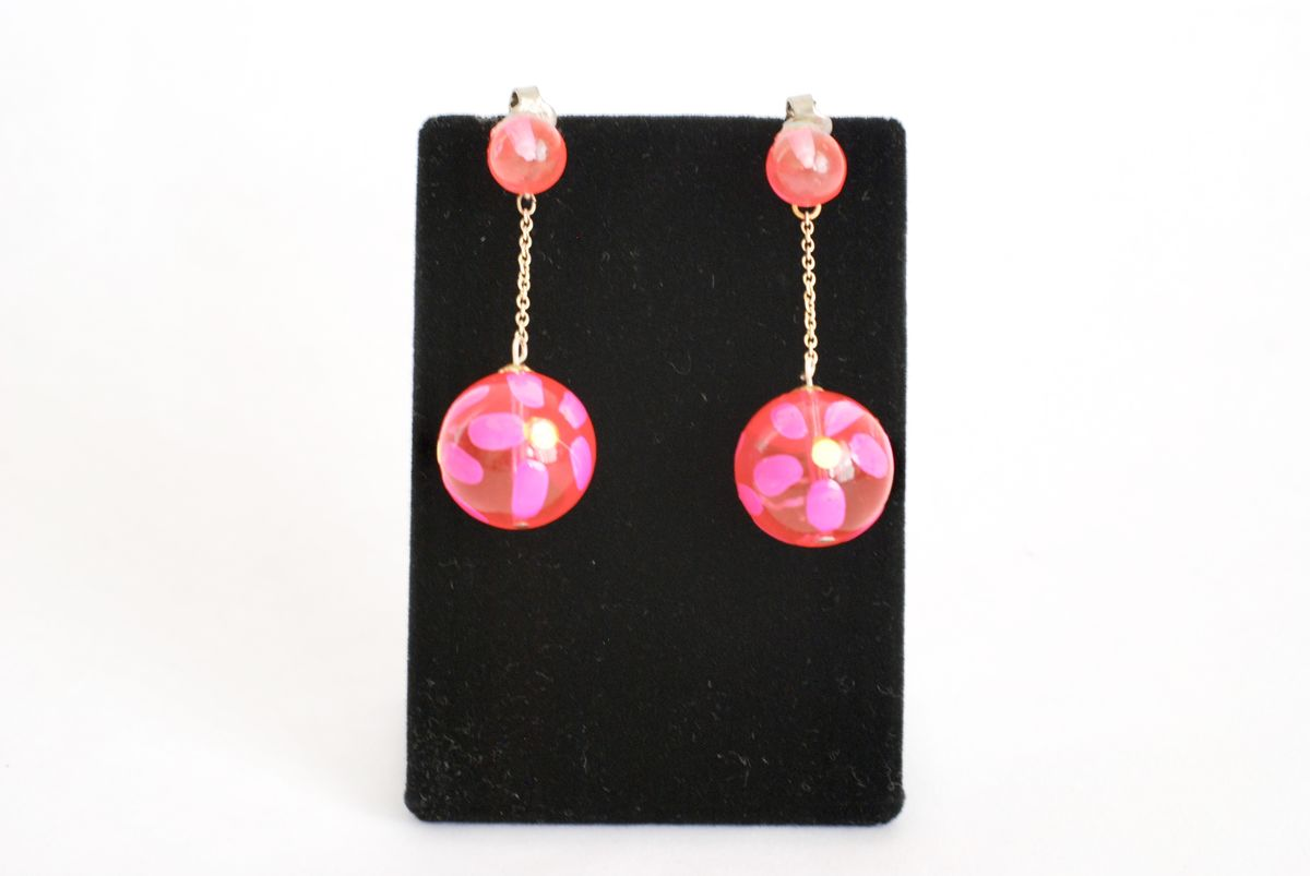 Vintage Hot Pink Flower Power Earrings  - product images  of