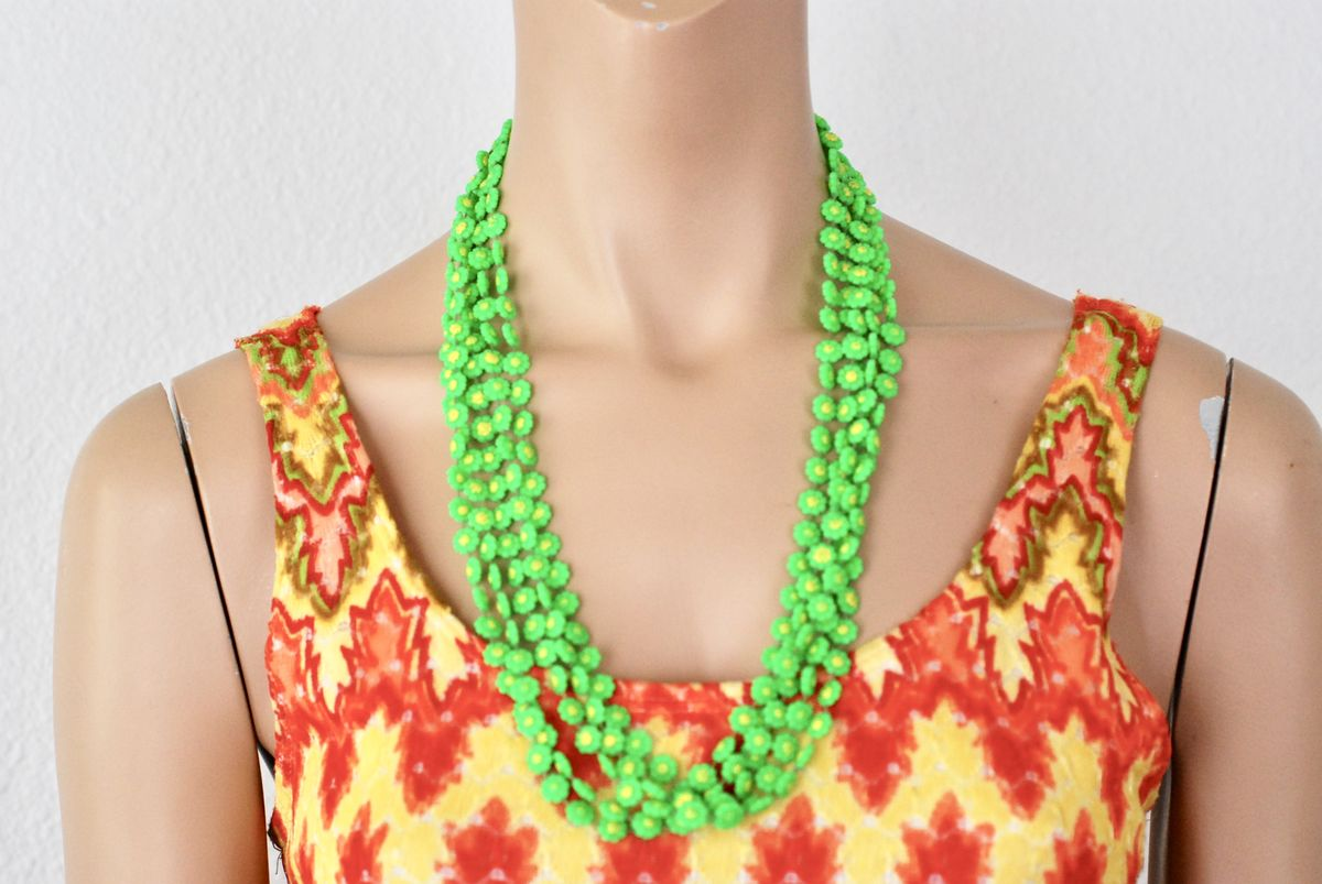 1960's Flower Power Plastic Multi-Strand Daisy Chain Necklace - product image