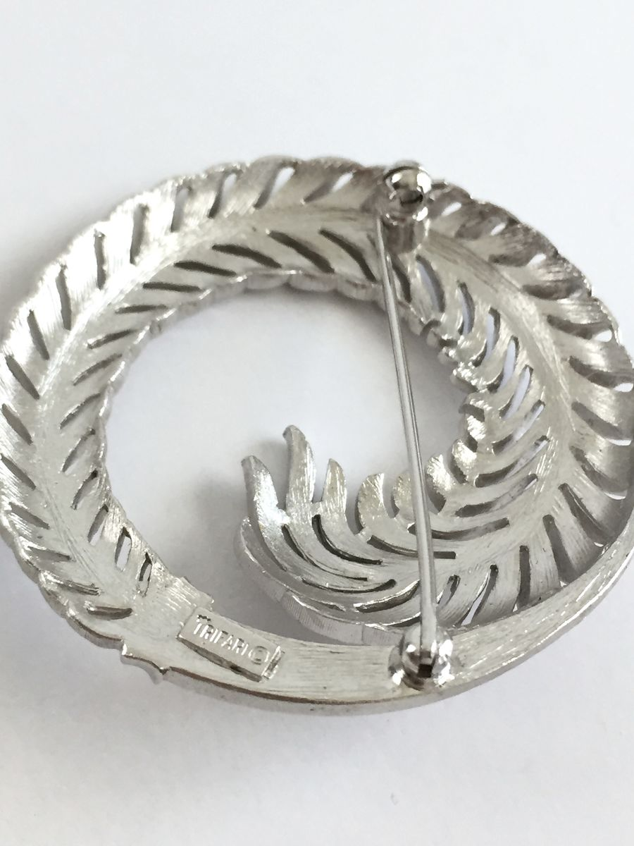 Brooch and Earrings Set Brushed Silver Fern, Trifari - product images  of