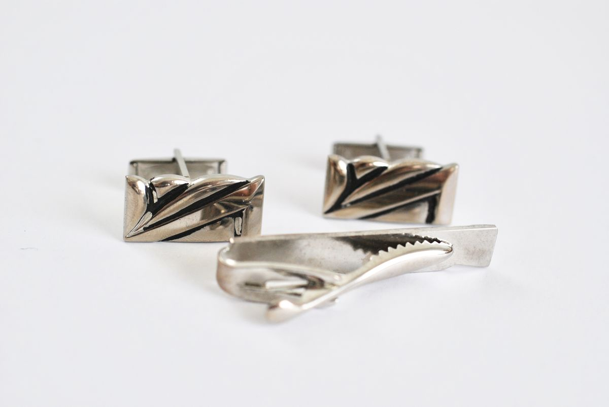 Vintage Cufflinks and Tie Clasp Set Art Deco Look Chrome Plated - product images  of