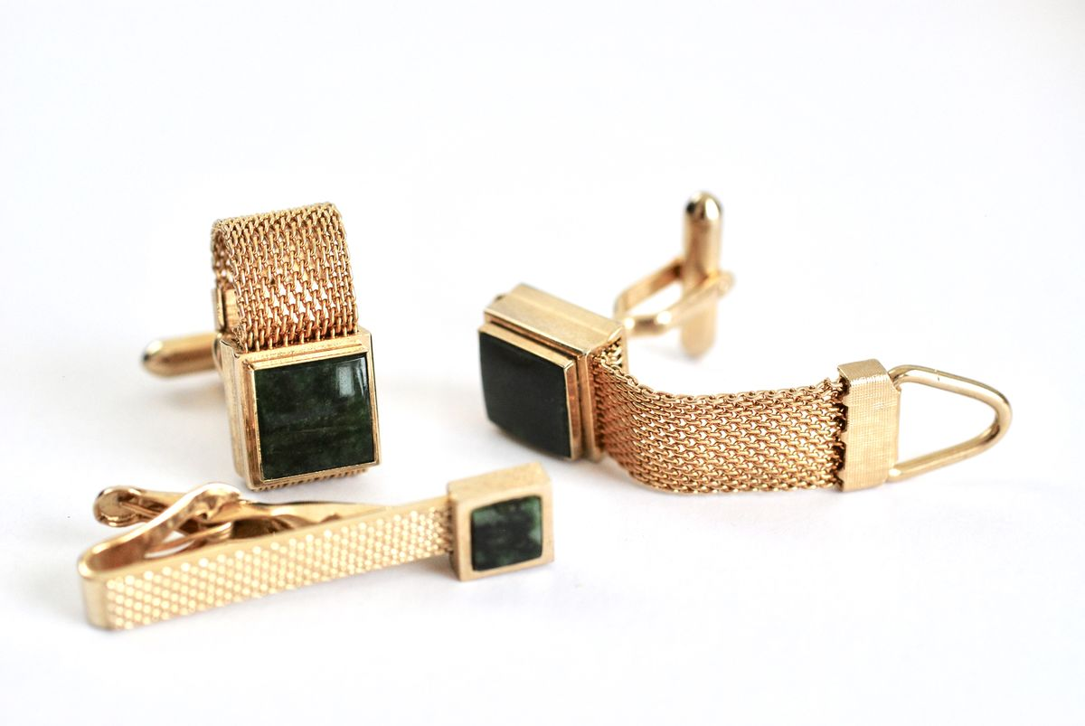 Gold Tone Mesh Cufflinks and Tie Bar Green Stone  - product image