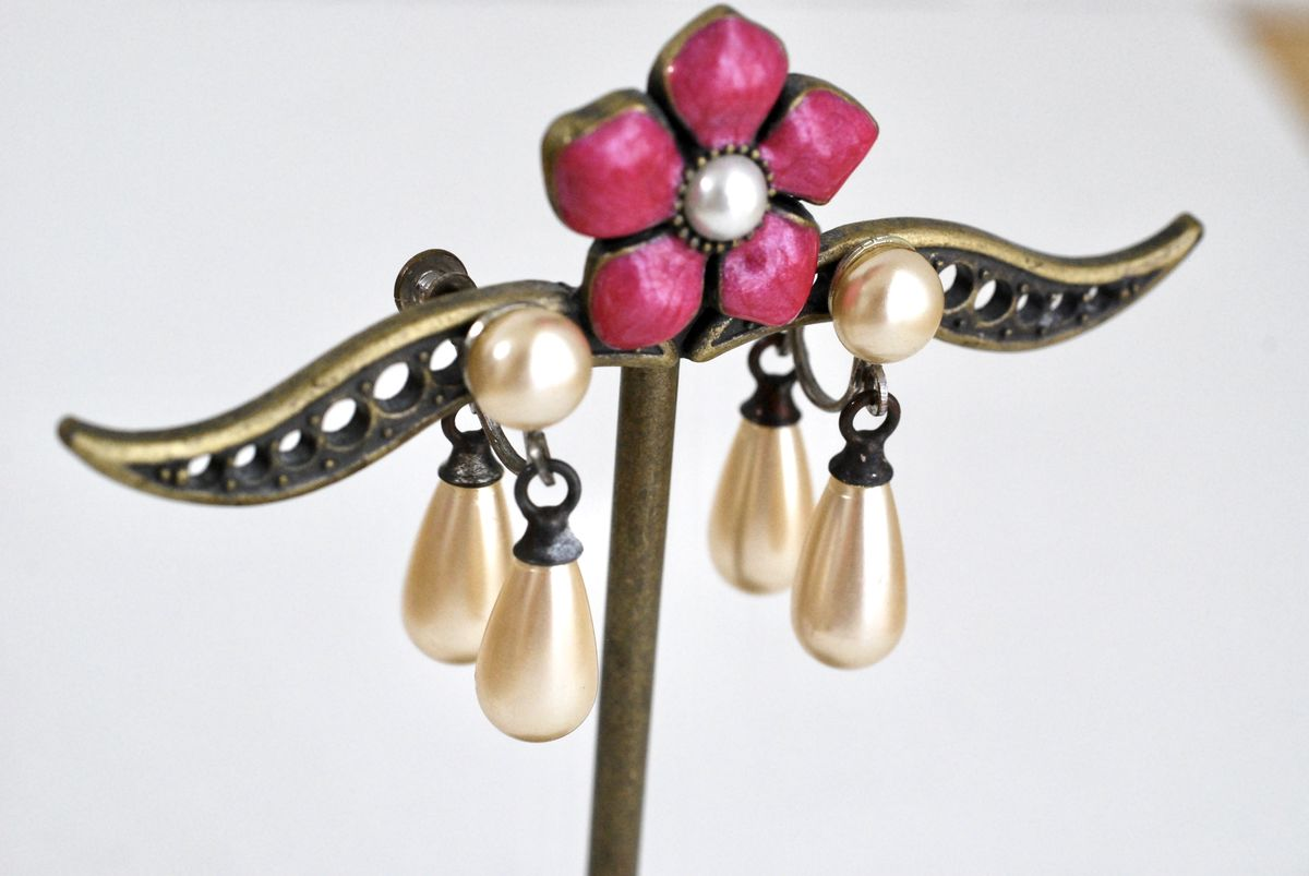 Vintage Teardrop Pearl Earrings Double Drop Screw Backs - product images  of