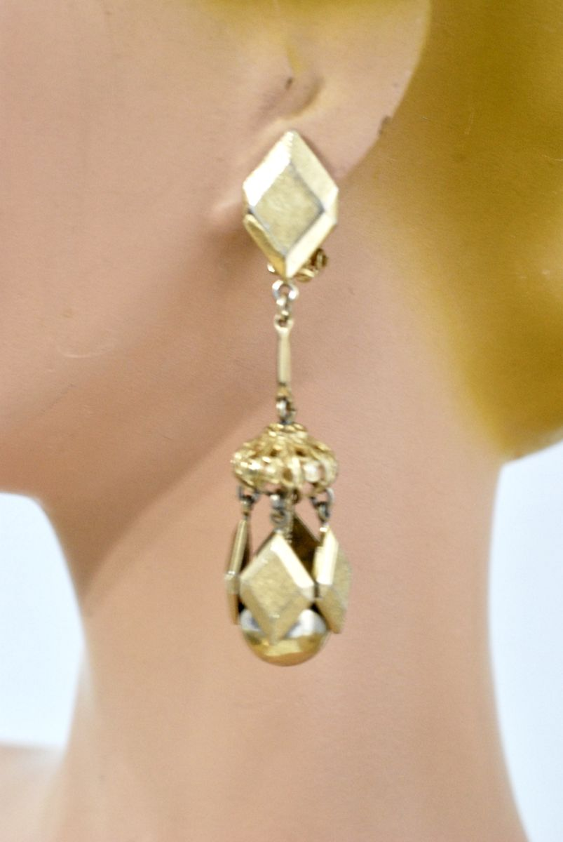Vintage Dangle Earrings Geometric Gold Tone Clip Ons - product images  of