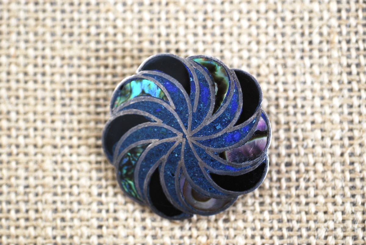 Vintage Taxco Sunburst Brooch/Pendant in Crushed Turquoise, Abalone, Onyx - product image