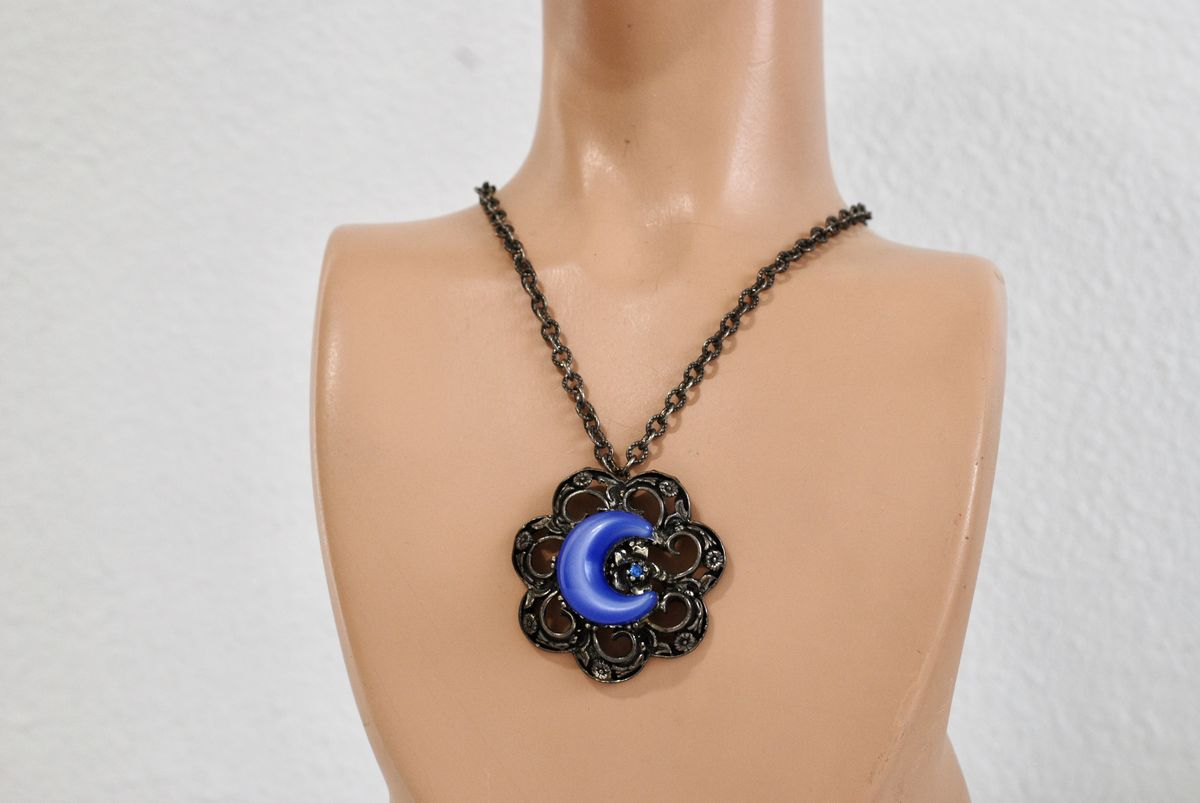 Vintage Pewter Tone Cast Flower Pendant Necklace with Blue Moonglow Centerpiece - product images  of