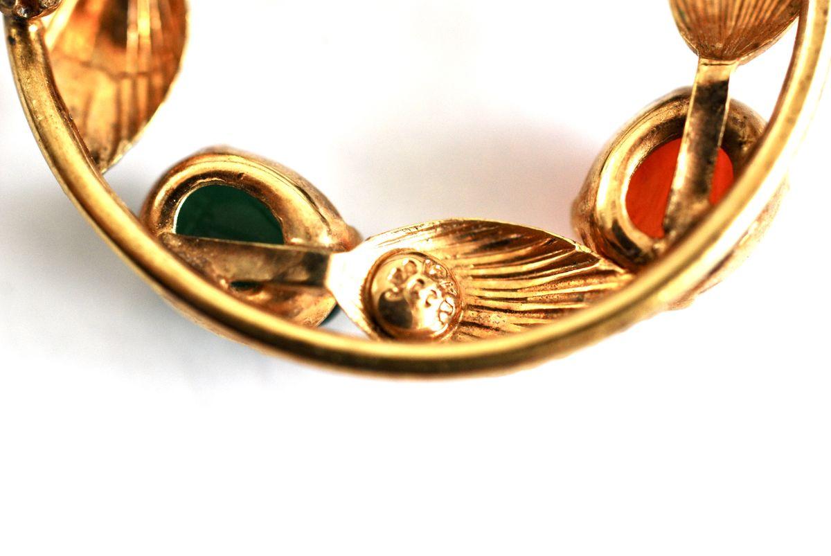 Mid Century Semiprecious 12K Gold Filled Hand Carved Scarab Stone Bezel Set Brooch