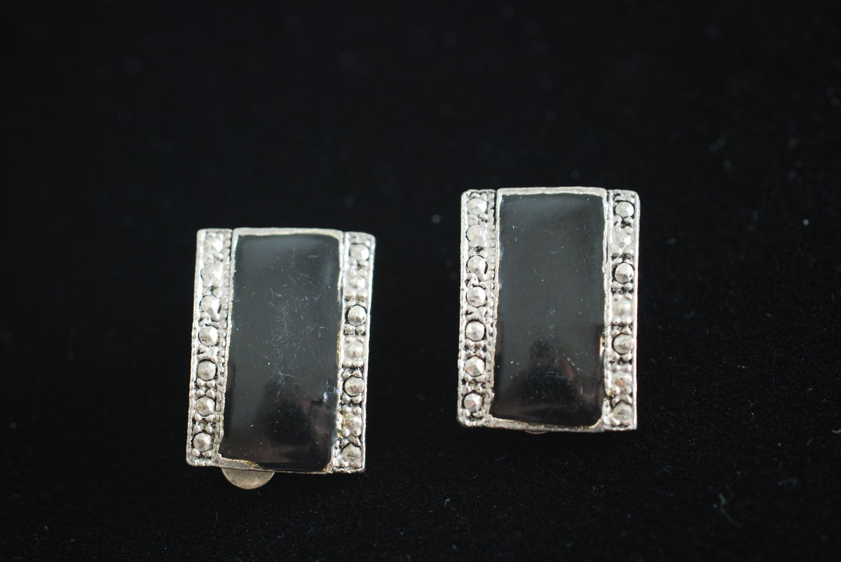 Vintage Black Enamel and Faux Marcasite Pewter Look Earrings - product image