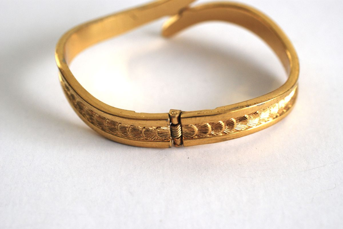 Gold Tone Vintage Monet Clamper Bracelet Scallop Pattern - product images  of